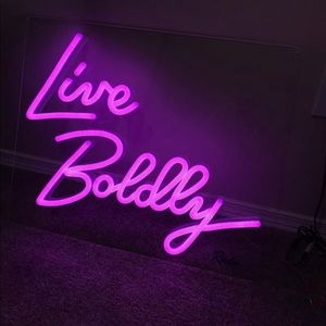 """HOT PINK NEON SIGN """"live boldly"""""""